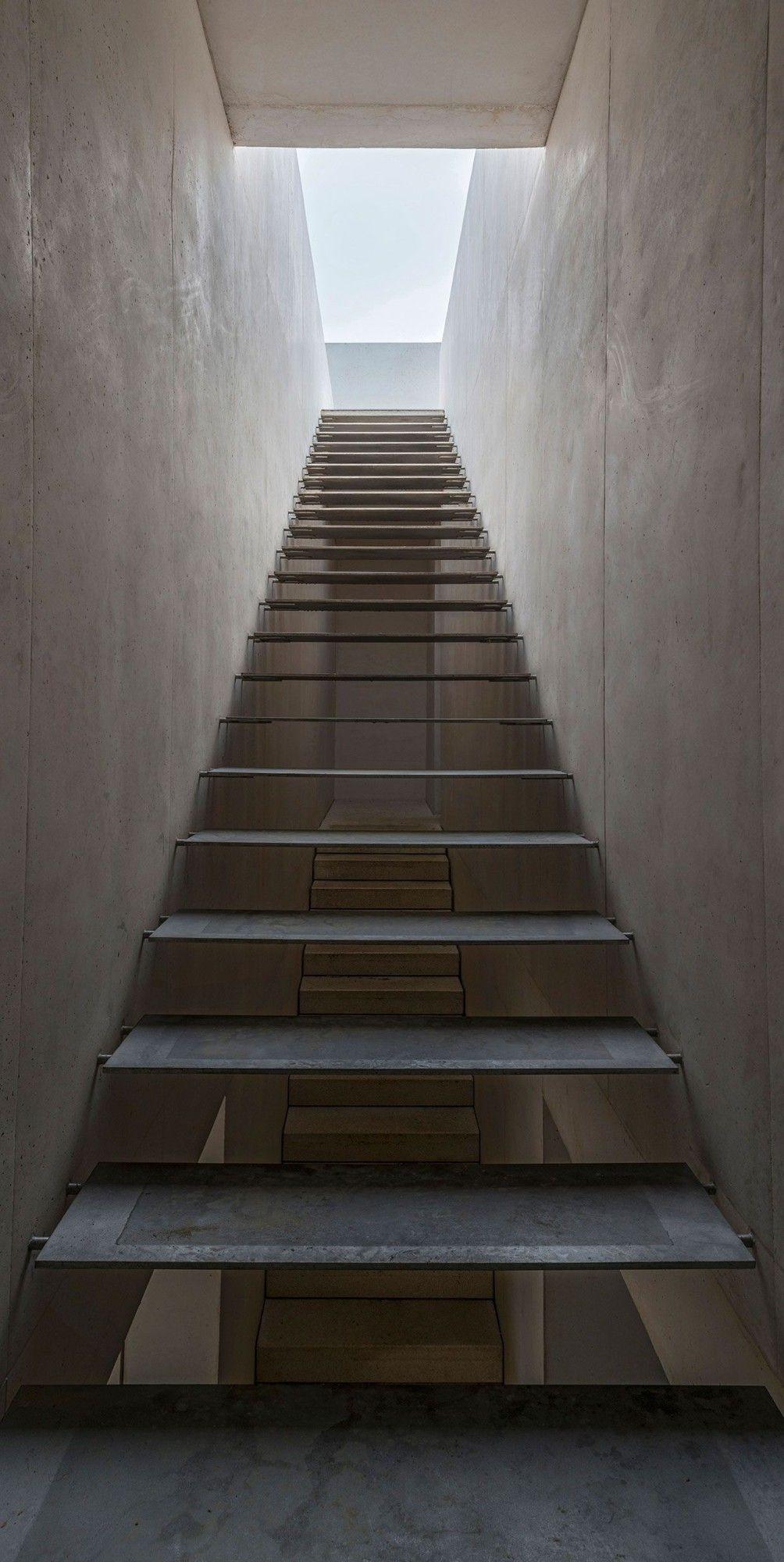 Rcr malecaze house vieille toulouse 15 rcr - Diseno de escaleras interiores ...