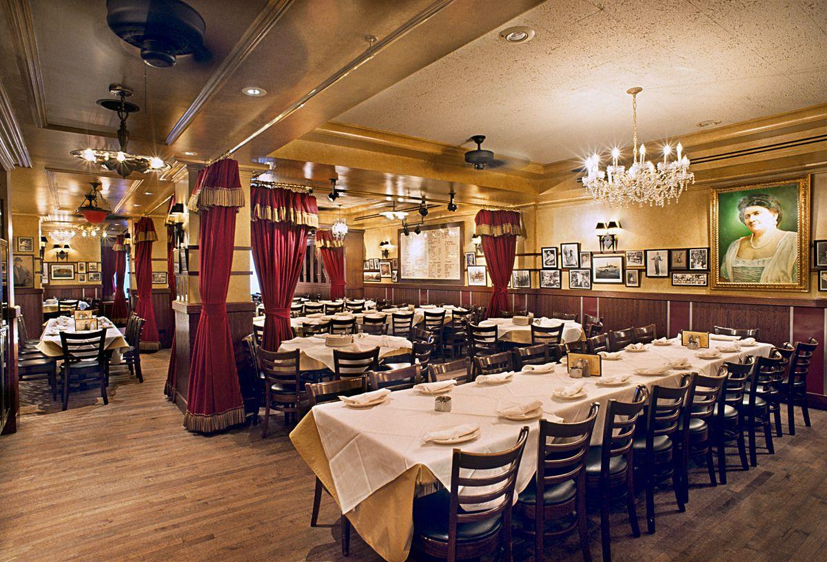 Bildresultat för carmines restaurant ny