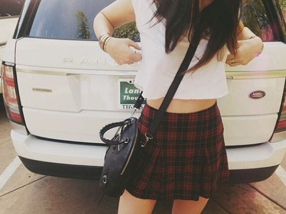 circle skirt outfit kylie jenner