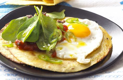 A simple Savoury pancakes with fried eggs recipe for you to cook a great meal for family or friends. Buy the ingredients for our Savoury pancakes with fried eggs recipe from Tesco today.