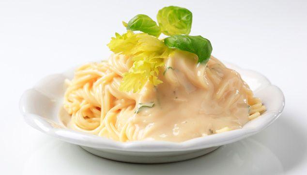 Espagueti En Salsa De 3 Quesos Chef Oropeza Salsa Para Espagueti Salsa Blanca Como Hacer Salsa Alfredo