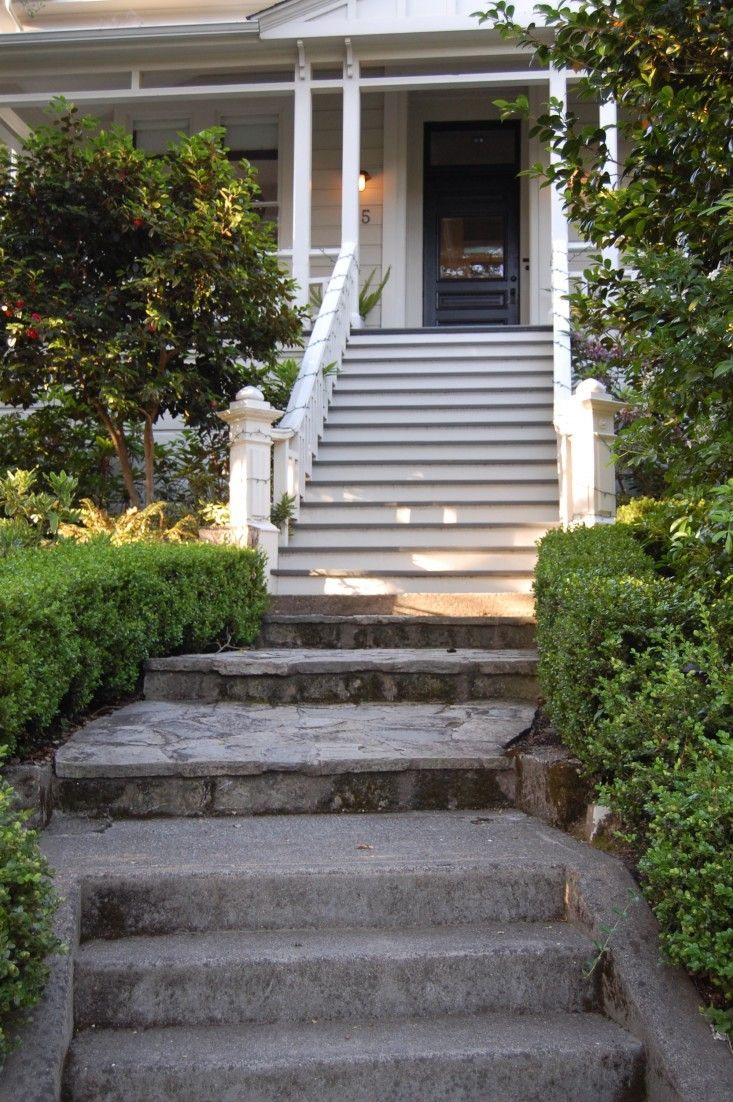 Hardscaping 101 Design Guide For Fences Height Styles: Hardscaping 101: Front Paths