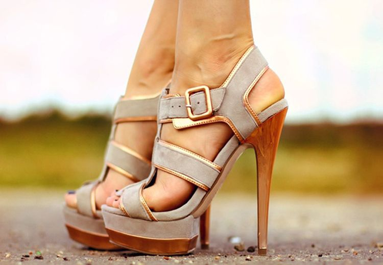 There is nothing more beautiful than a neutral shoe.