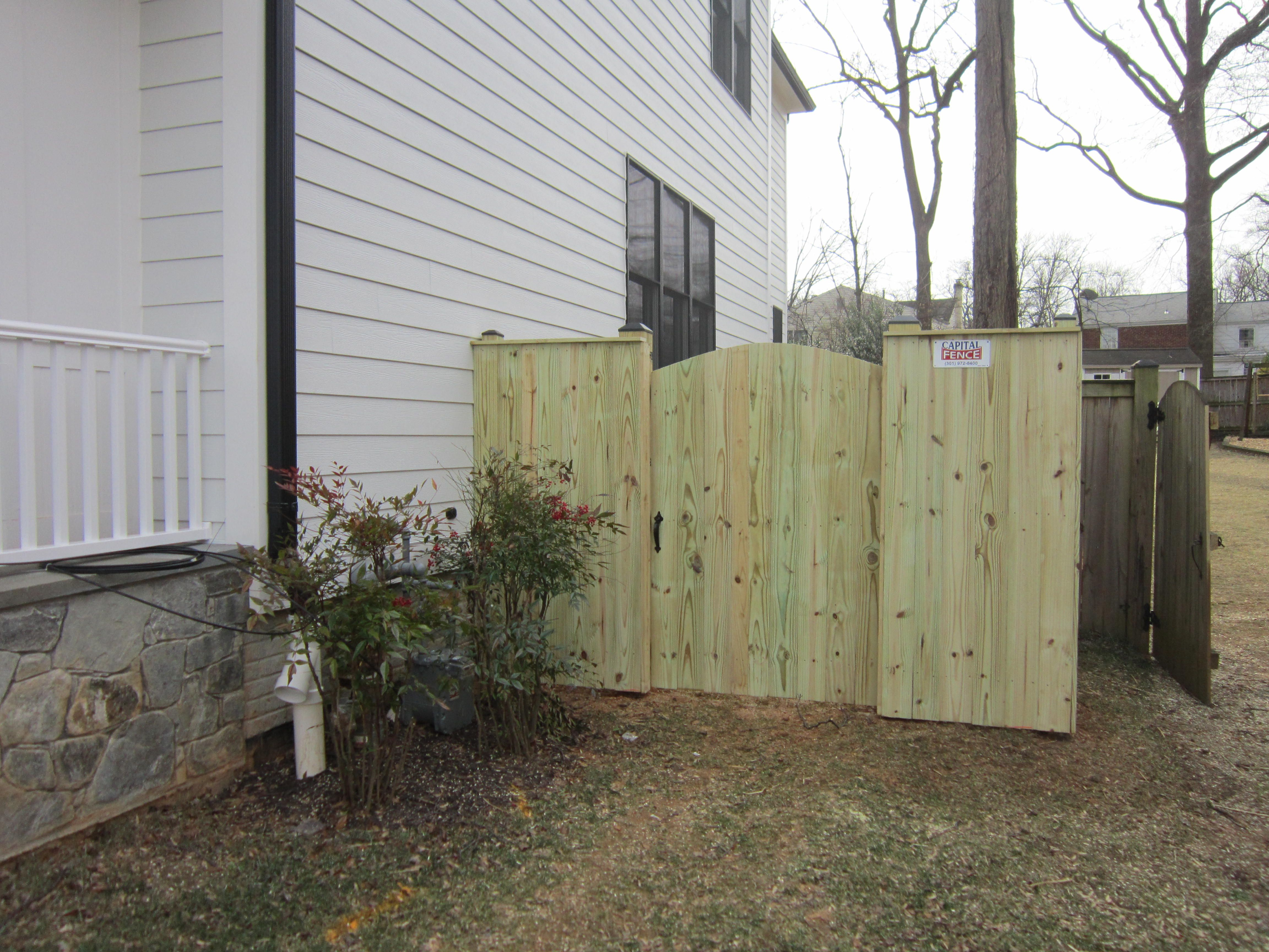 Treated wood privacy single gate solid board fence with cap board treated wood privacy single gate solid board fence with cap board and single gate with baanklon Gallery