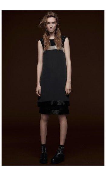 VERA WANGhttp://www.precouture.com/9329-20960/crepe-de-chine-dress.jpg