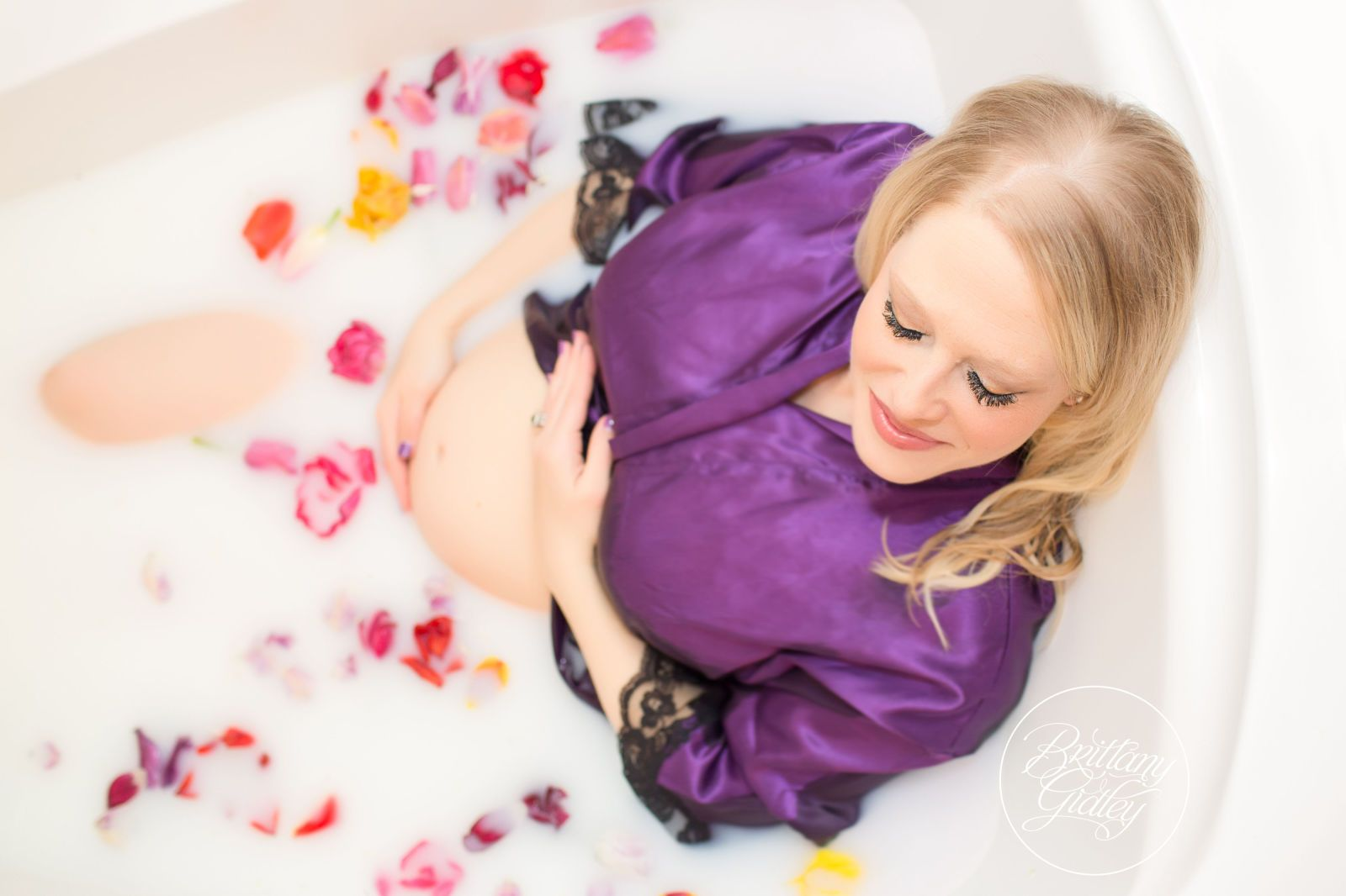 pictures Milk Bath Photography Is the Dreamiest Maternity Shoot Trend On Pinterest
