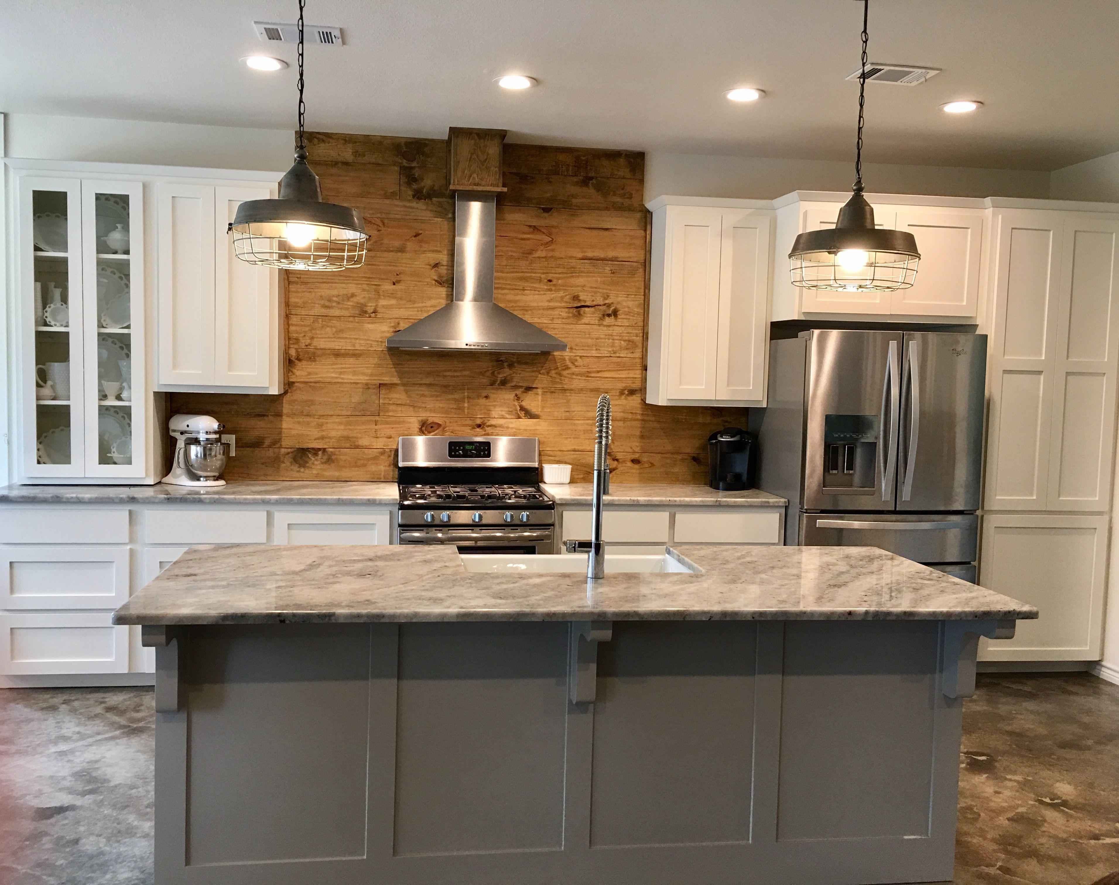 Stone Creek by Mitch Ginn: Industrial farmhouse kitchen ...
