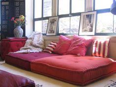 41 Cool Idea To Decorate Your Place With Floor Pillows | Shelterness ...