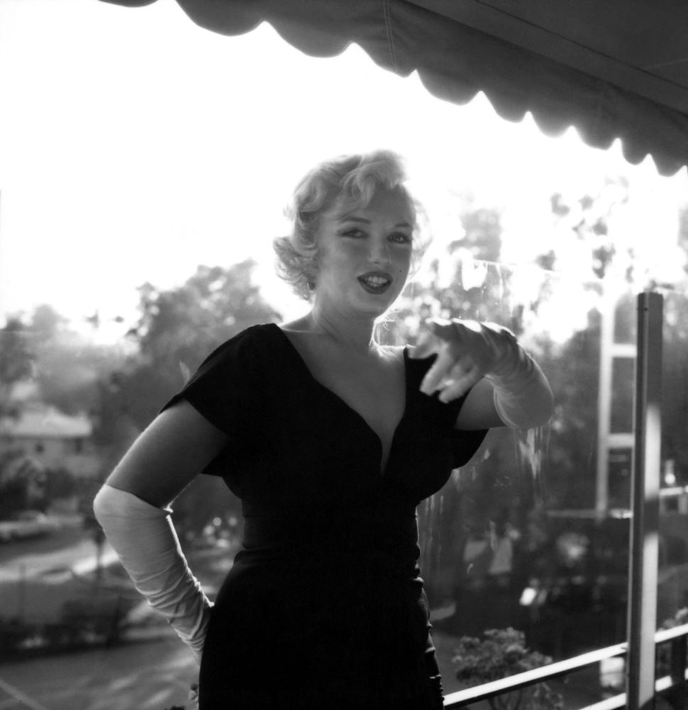 Marilyn Hot Press Conference Beverly
