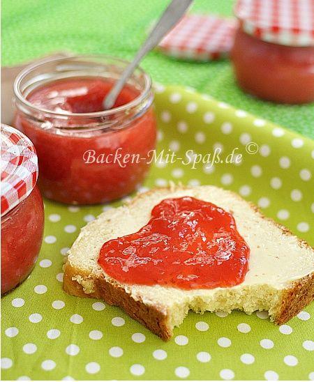 Erdbeer-Rhabarber-Konfitüre
