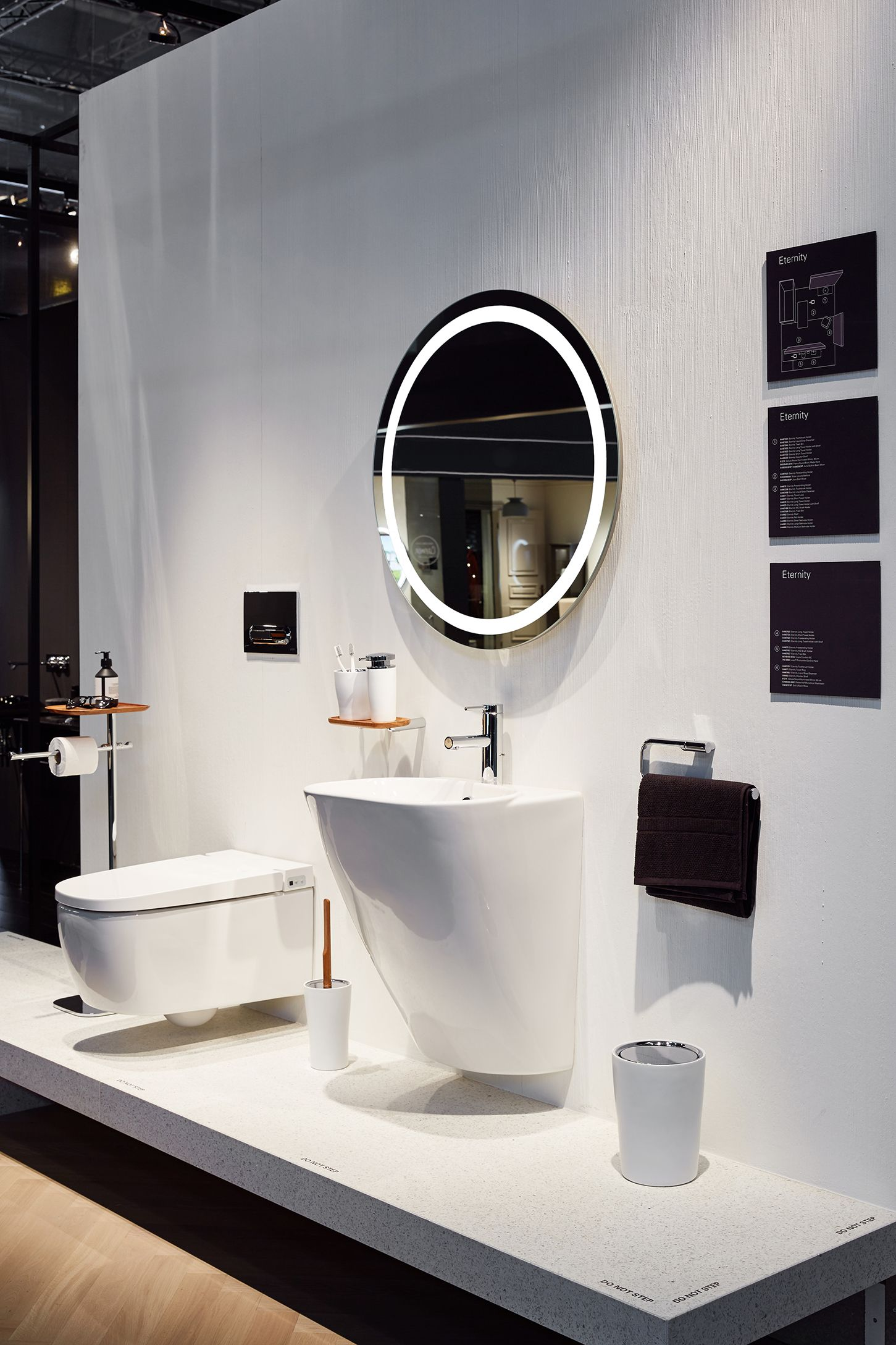 Vitra Ish Frankfurt 2017 Bathroom Showrooms Stylish Bathroom Bathroom Interior Design