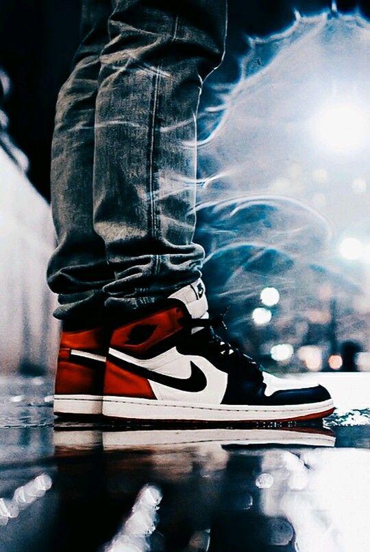 detailed look 80297 1f819 Air Jordan 1 Black Toe Sneakers Nike Jordan, Jordan Shoes For Men, Air  Jordan