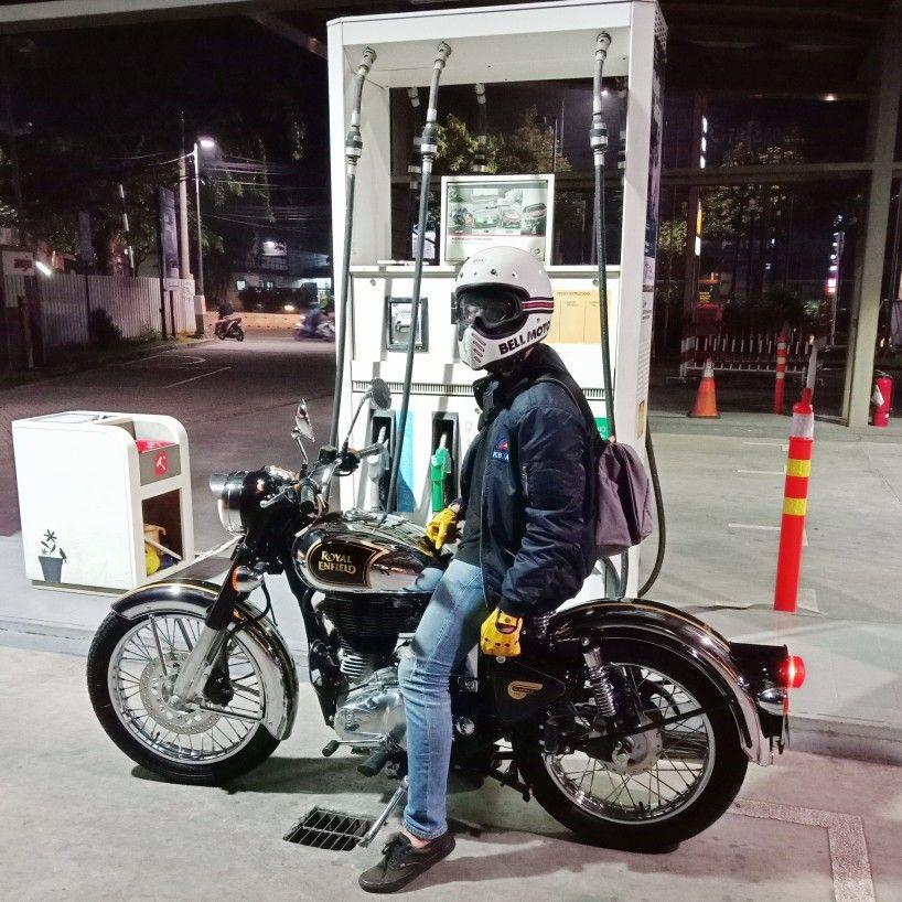 Royal Enfield 500 X Bell Helmet Moto 3 Bullet Bike Royal Enfield Enfield Classic Royal Enfield