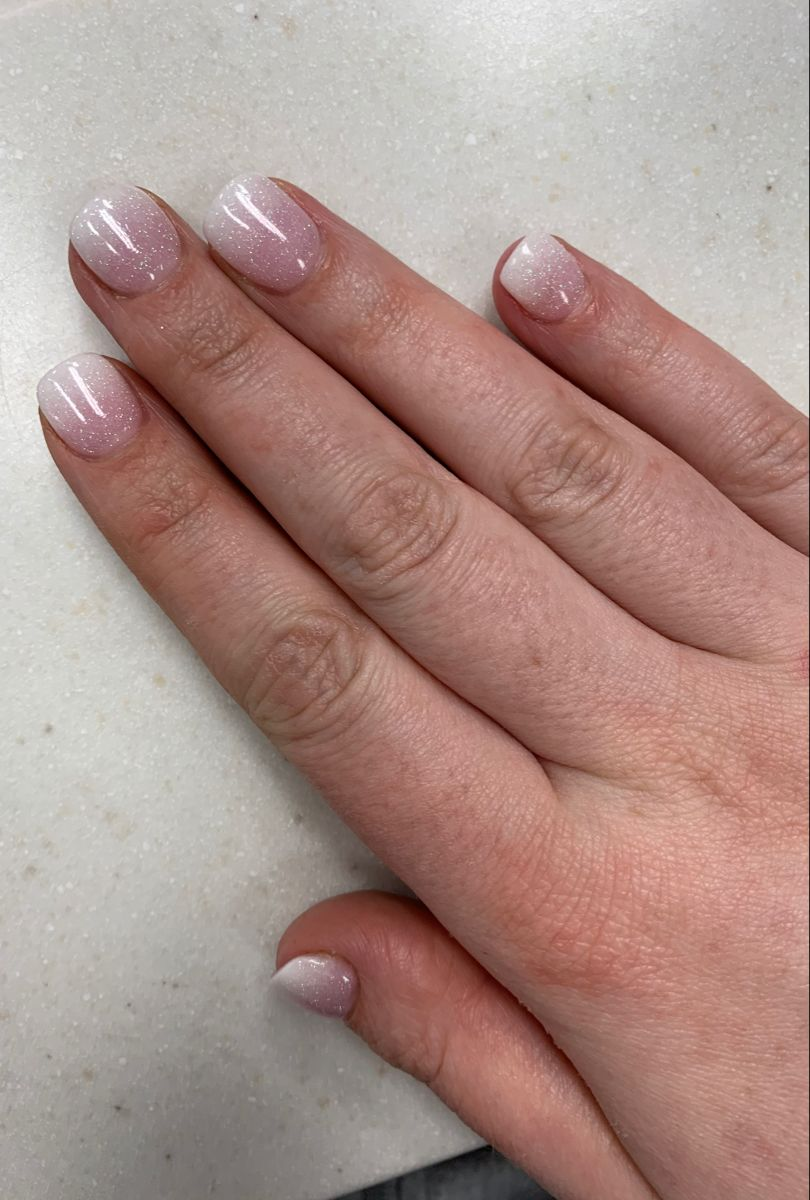 Ombré French Dip nails | Dipped nails, French tip nails