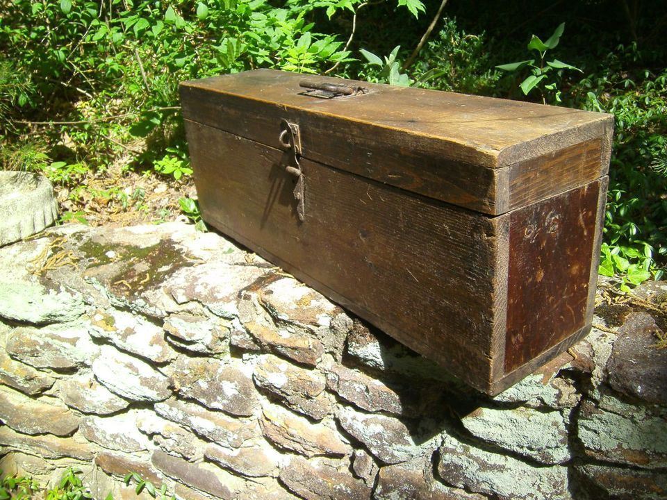 Antique Large Wooden Carpenters Tool Box Long Skinny Primitive