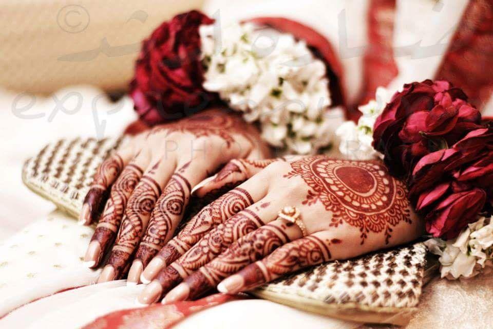 Flower Bangles Mehndi : Mehndi bracelet designs