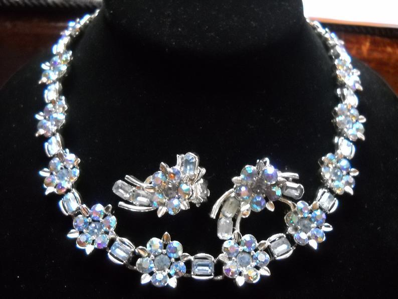 Woven Crystal Aurora Borealis Bead Choker and Bracelet Matching Set Rhinestone Clasps Hollywood Regency