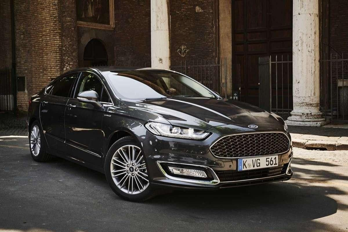 2019 ford mondeo vignale overview 2018 car with 2019 ford mondeo vignale new release. Black Bedroom Furniture Sets. Home Design Ideas