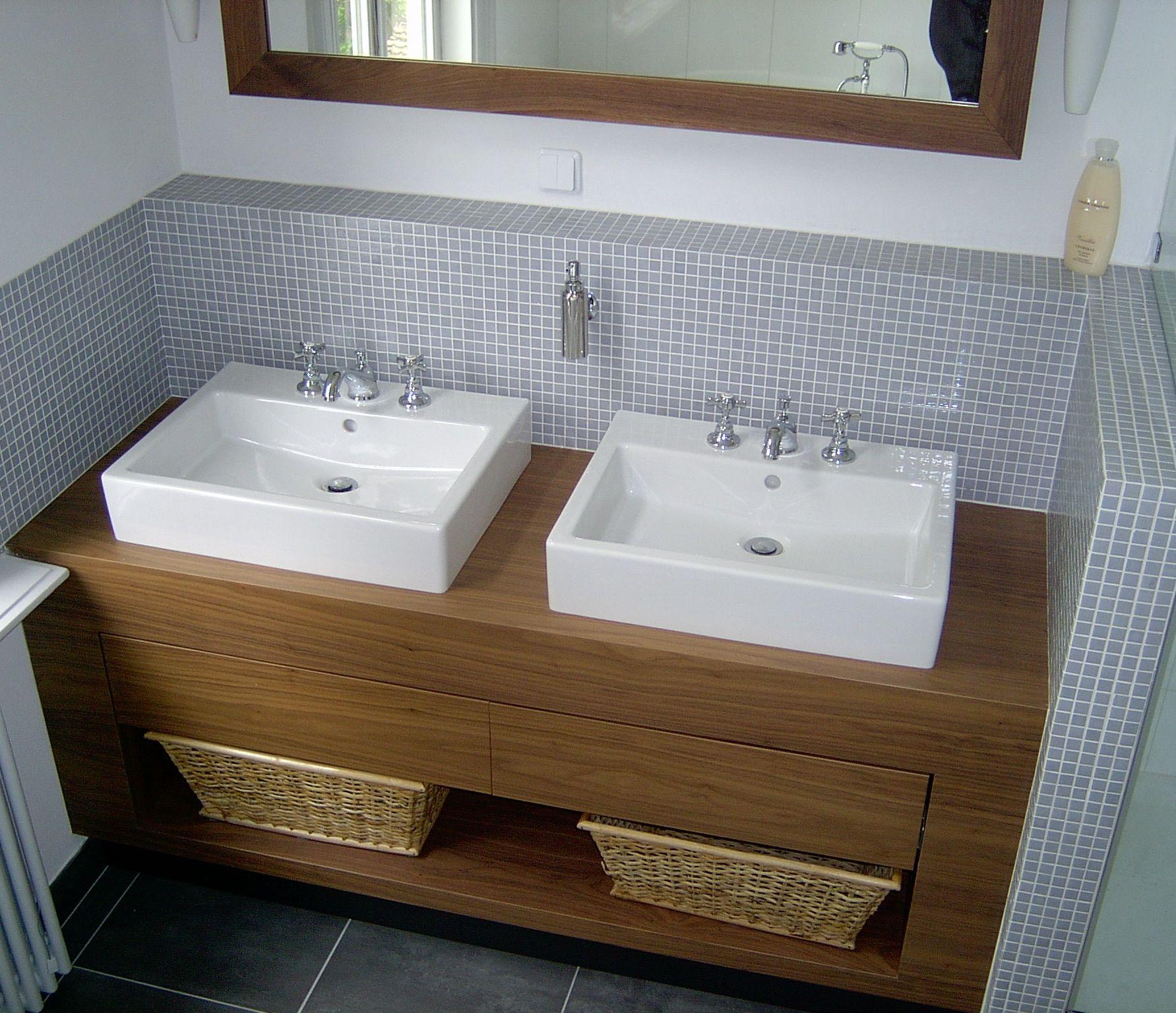 badkamer met houten wastafelmeubel badkamer inspiratie