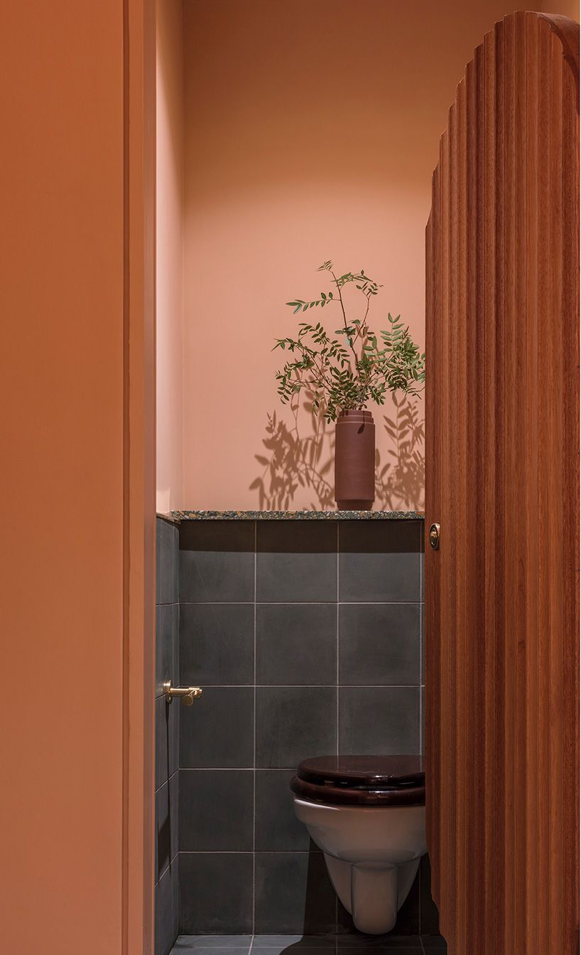Refined Materials Take Center Stage At Omar S Place A Mediterranean Restaurant In London Restroom Design Toilet Restaurant Restaurant Design