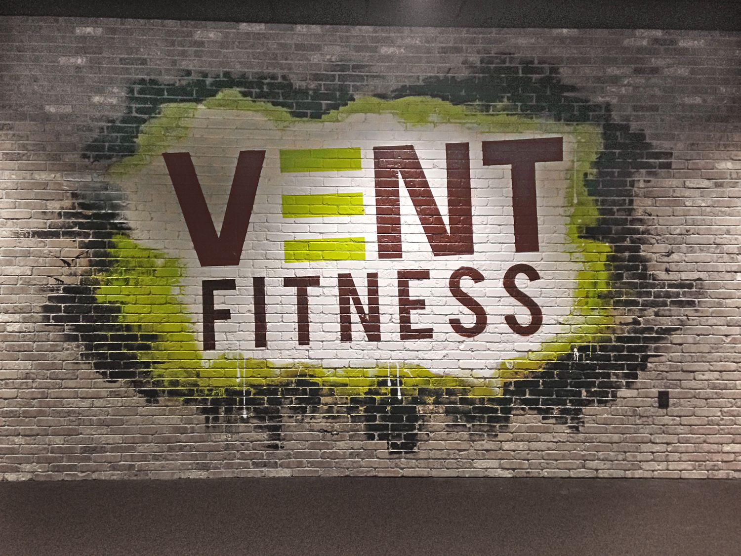 Vent Fitness Gym Mural In New York Vent Fitness Gym Workouts Gym Interior