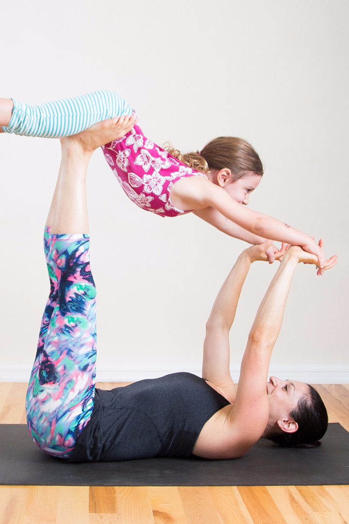 You Love Yoga Spending Time With Your Children So Why Not Combine The Two And Do Together These Partner Poses Are Perfect For All Ages