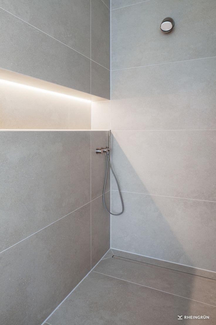 Exklusive + Villa + mit + modernem + Wasserbecken + aus + Cortenstahl + und + stimmungsvollen + Ga … – Badideen