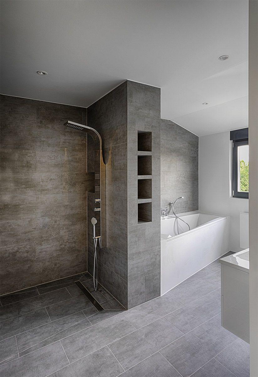 Sanierung Badezimmer Nachher Dusche Und Wanne Badezimmer Bauen Badezimmer Innenausstattung Badezimmer
