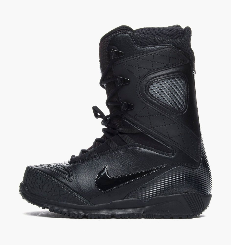 f01bcfa1f576 Nike SB Kaiju Black Snowboarding Boots. The Nike Zoom Kaiju Men s  Snowboarding Boot is made