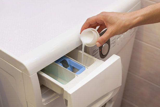 3 astuces avec du vinaigre blanc pour votre machine laver 8 diy 3000 pinterest vinaigre. Black Bedroom Furniture Sets. Home Design Ideas