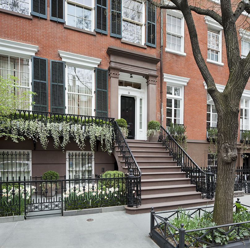 East Village New York Apartments: Townhouse In Greenwich Village