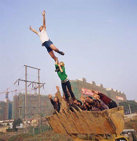 Not Photoshopped: Li Wei's Astounding Action Art [PICS]