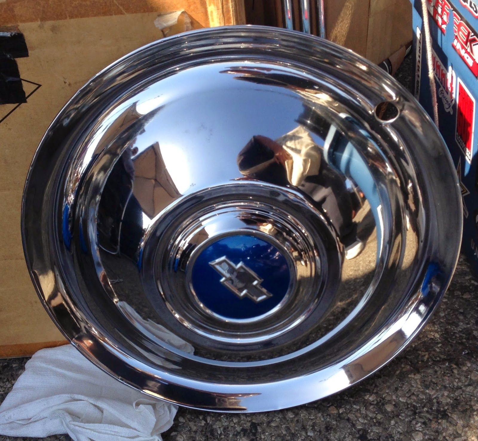 "Nostalgia on Wheels: 1954 16"" Chevy Truck Accessory Hub Caps"