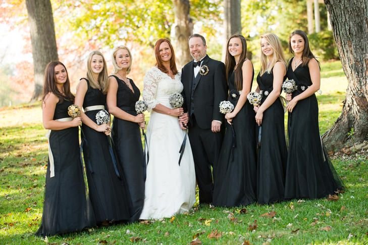 Beautiful use of black for these lovely bridesmaids dresses.