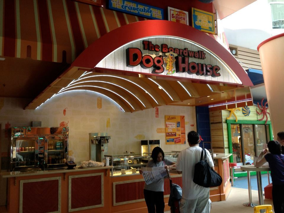 Allure Of The Seas Boardwalk Doghouse So Many Choices Of