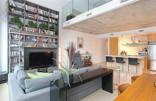 Tafel Over Bank : Huis boekenkast over verdiepingen oh salon stoelen