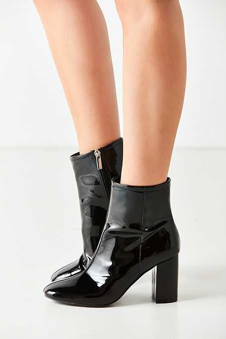 Sloane Seamed Patent Ankle Boot NIYo6