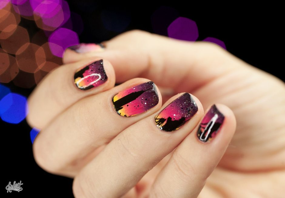 Nail art Skyline avec Maybelline | Maybelline, Nail stuff and Makeup