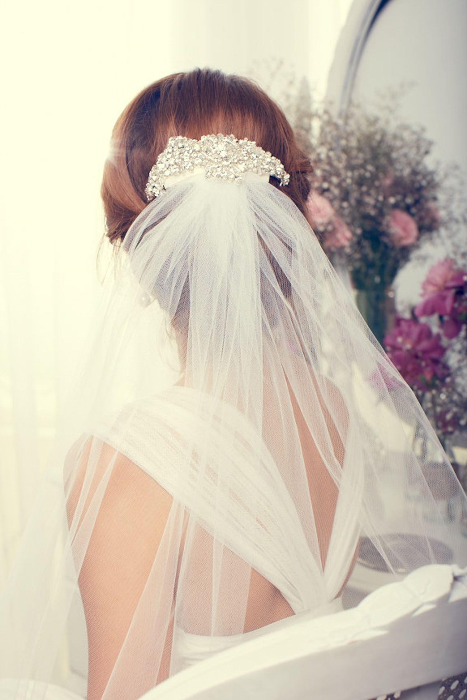 Anna Campbell veil and diamante comb combo | W E D O | Pinterest ...