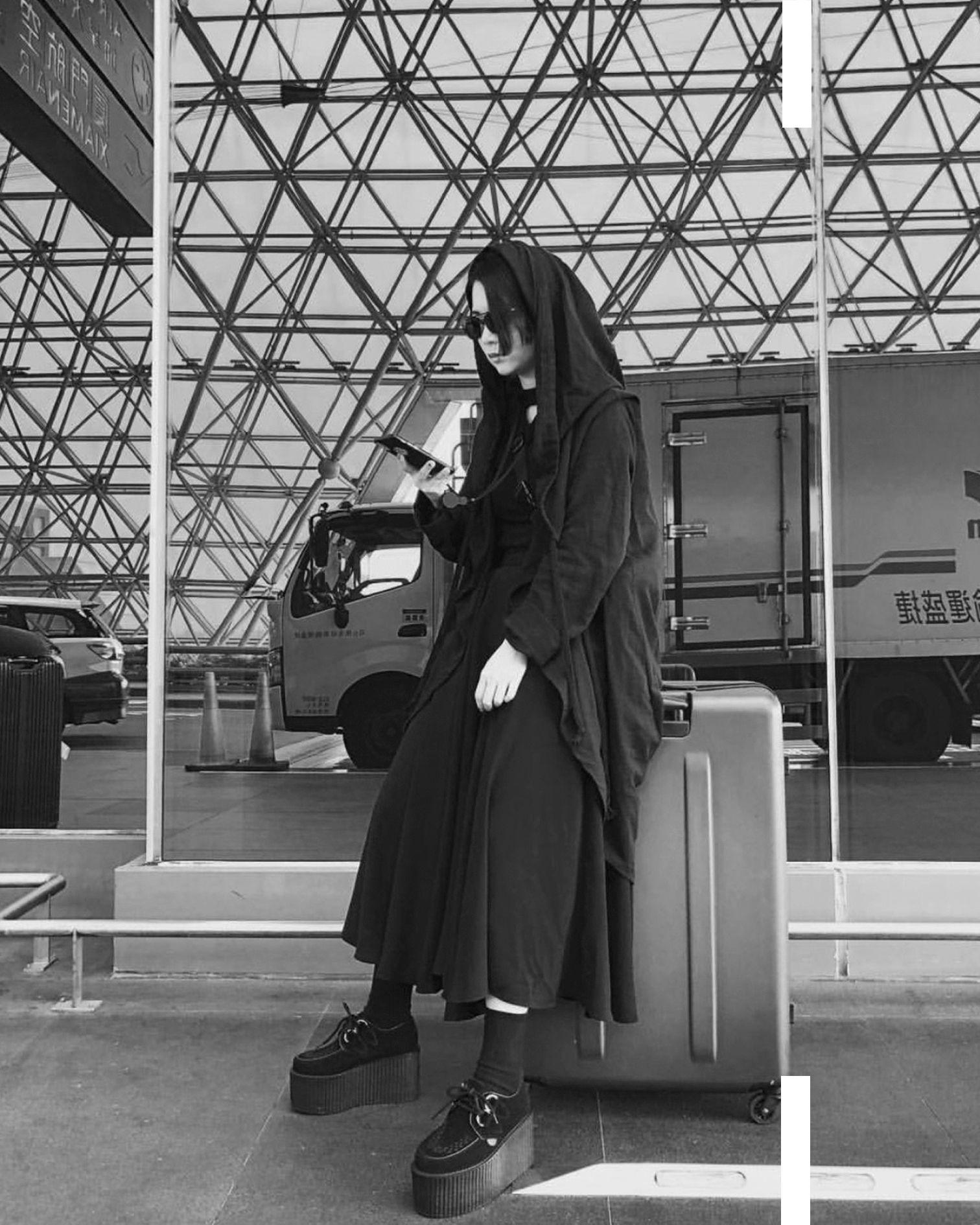 7d8584d0253b0 The Original Wulfrun Creeper in Black Leather with a Triple Sole ...