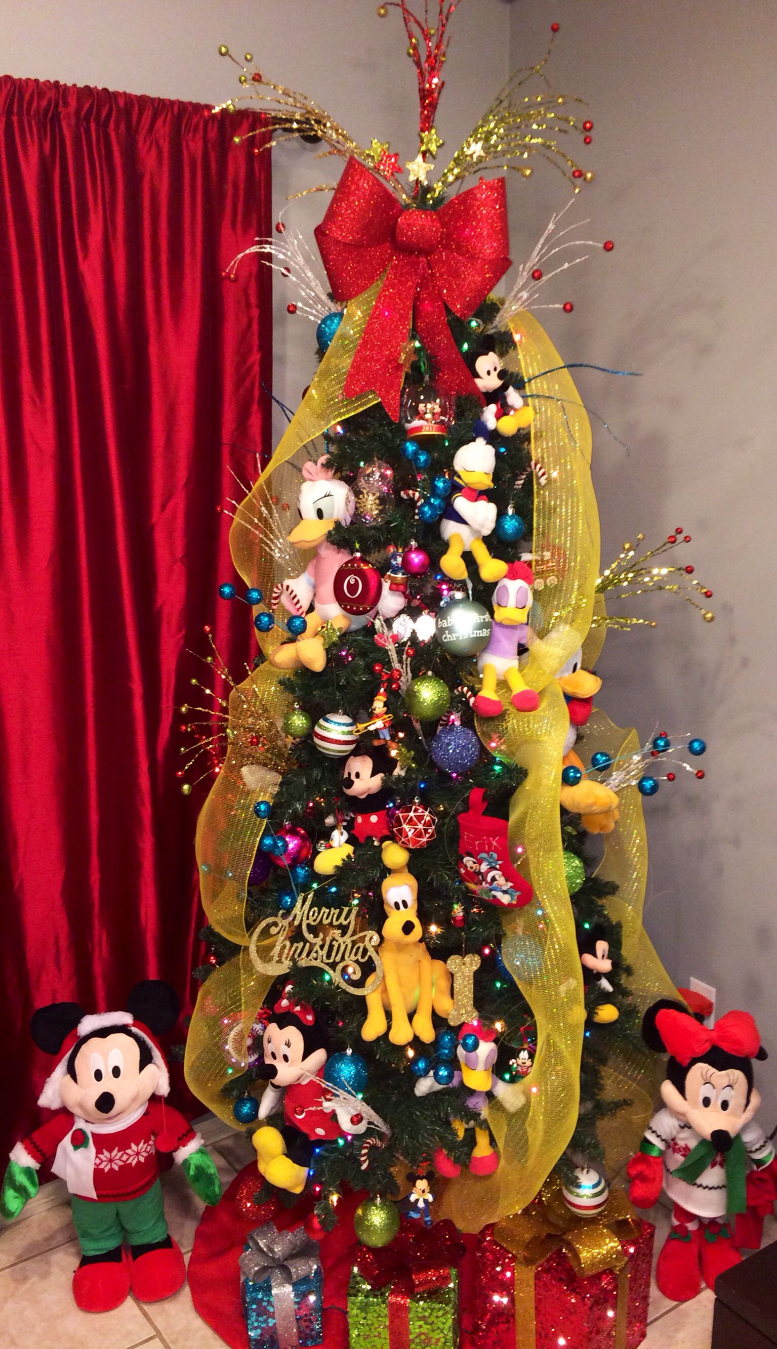 christmas tree decorations Ideas | Mickey mouse clubhouse, Mickey ...