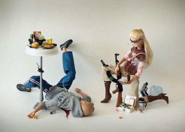 As Barbies Assassinas de Mariel Clayton.