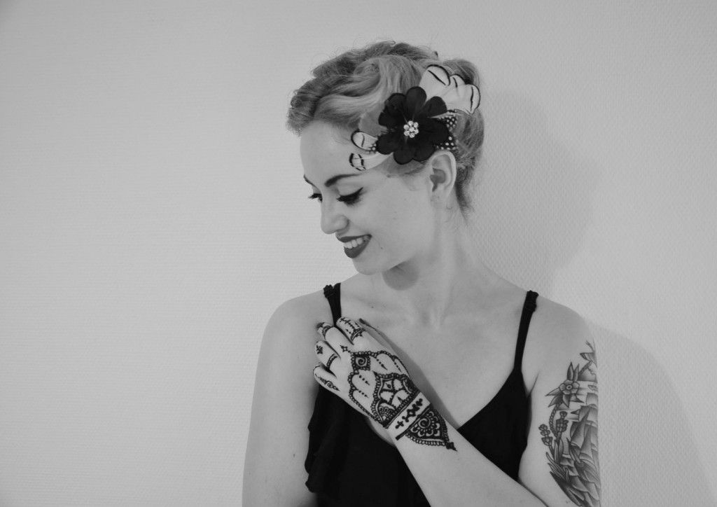 http://bitly.com/1MIbvWJ - #Henna in #SchwarzWeiß. #20er