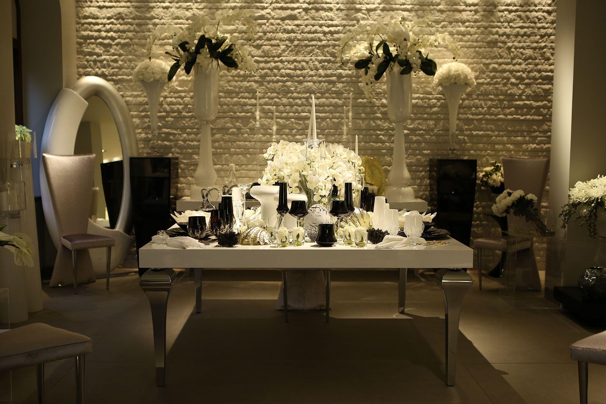 sofa set showroom in mumbai sure fit lexington t cushion slipcover blue simone arora 39s new store opening vg table