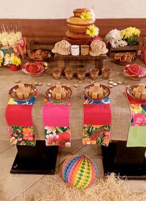 Festa Junina - mesa de doces | Bangalô da Tati