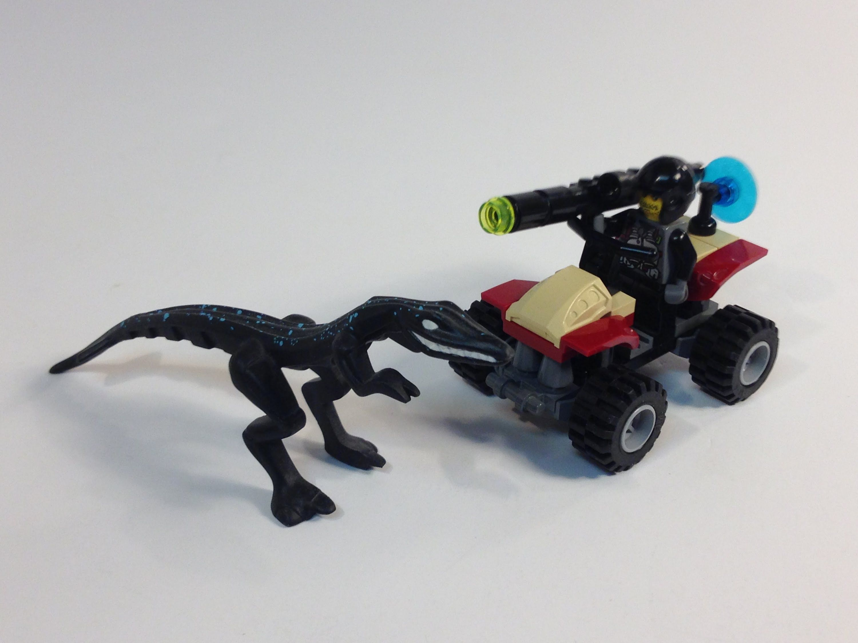 Lego dino attack 7473 street sprinter vs mutant lizard - Lego dinosaures ...