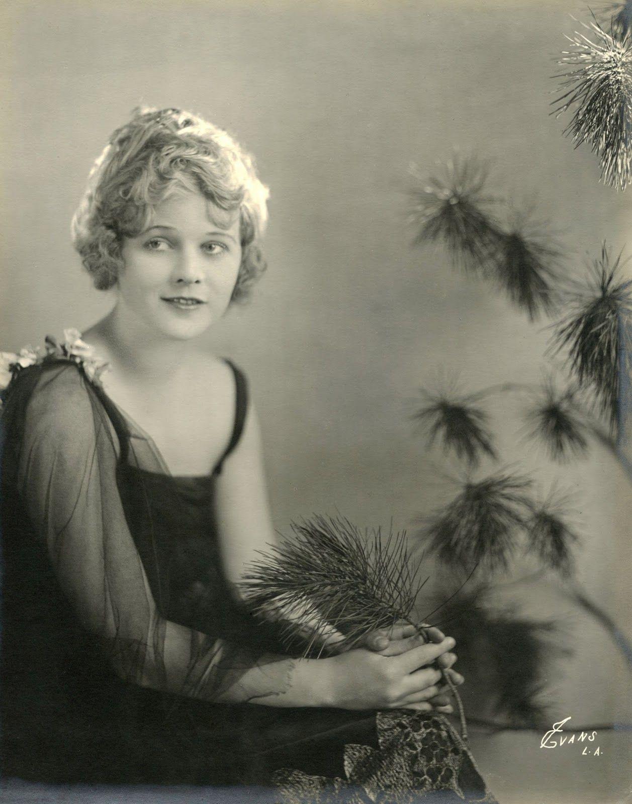 picture Wanda Hawley