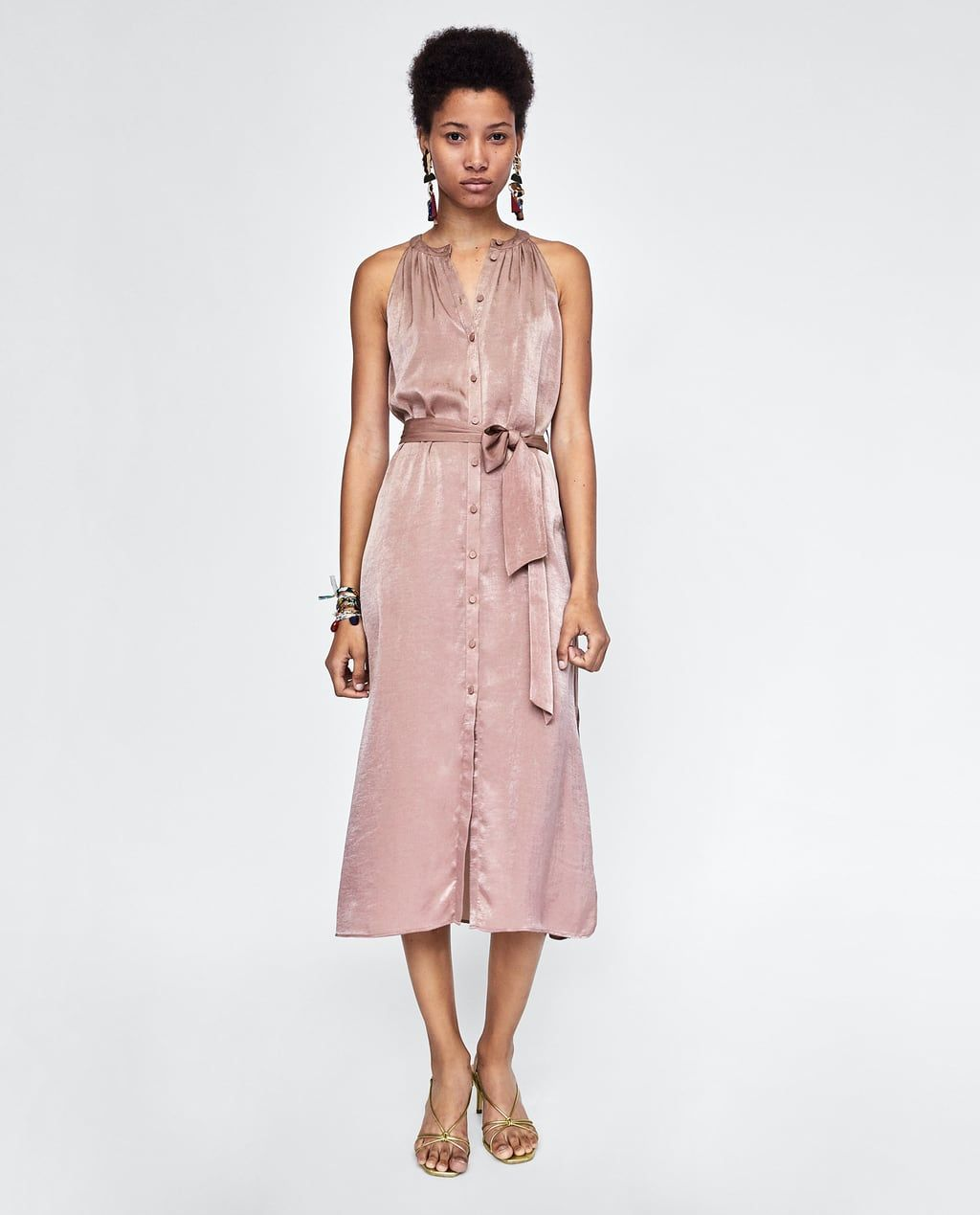 VESTIDO SATINADO | zara в 2019 г. | Модные стили, Мода 70 ...