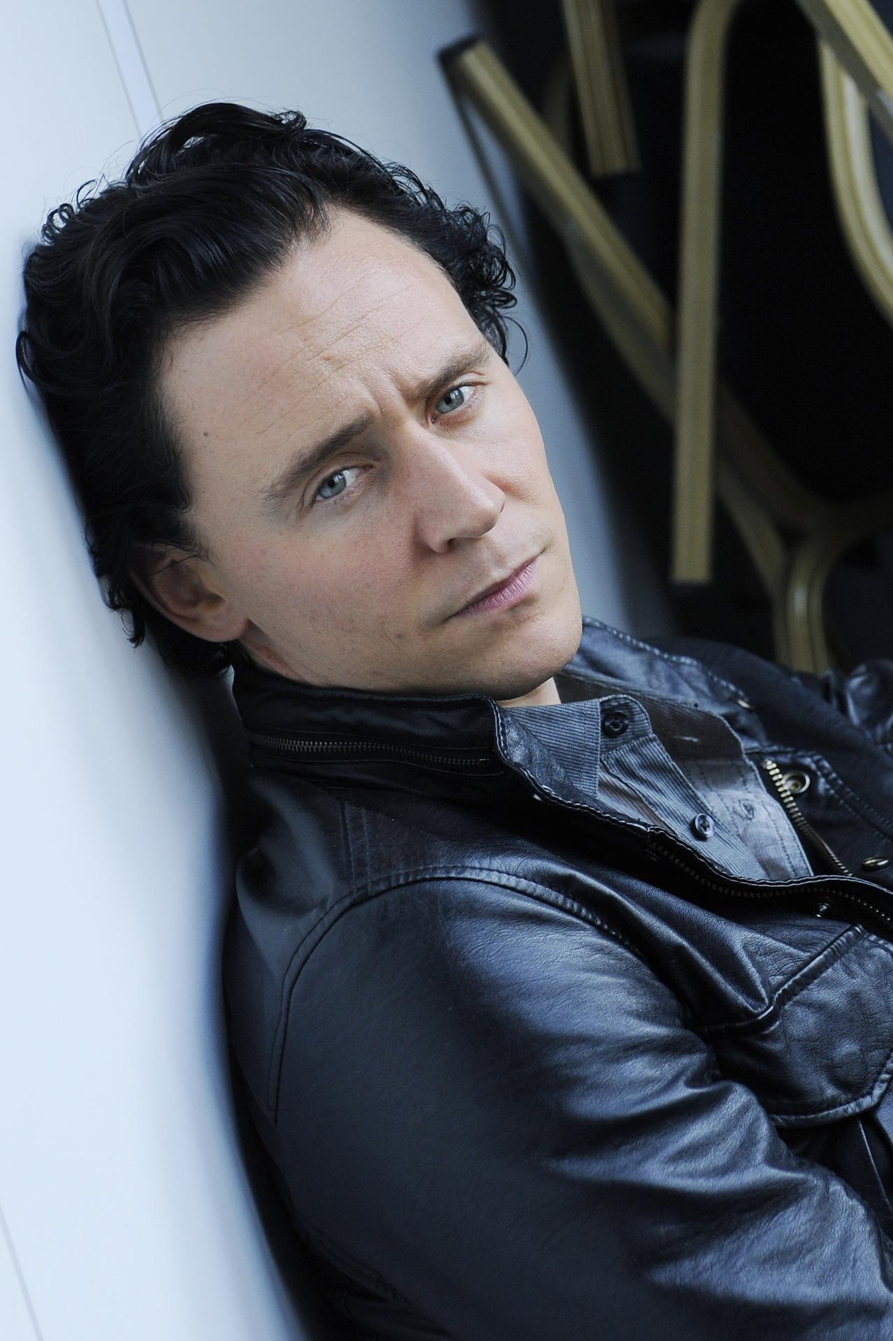 Acgbnwaj tom pinterest tom hiddleston toms and tom hiddleston