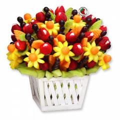 Send The Tasty Gift Of A Beautiful Edible Flower Arrangement Made Fruit These Delicious Bouquets Are Great For Any Occasion